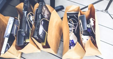 shop-shopping-bags